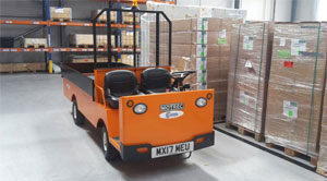 Electric warehouse vehicle