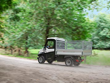 electric-off-road-vehicle-loading-bed-atx330e