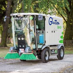 Glutton street sweeper in park