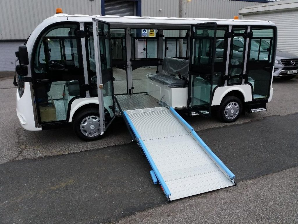 White Electric Shuttle Bus With Ramp